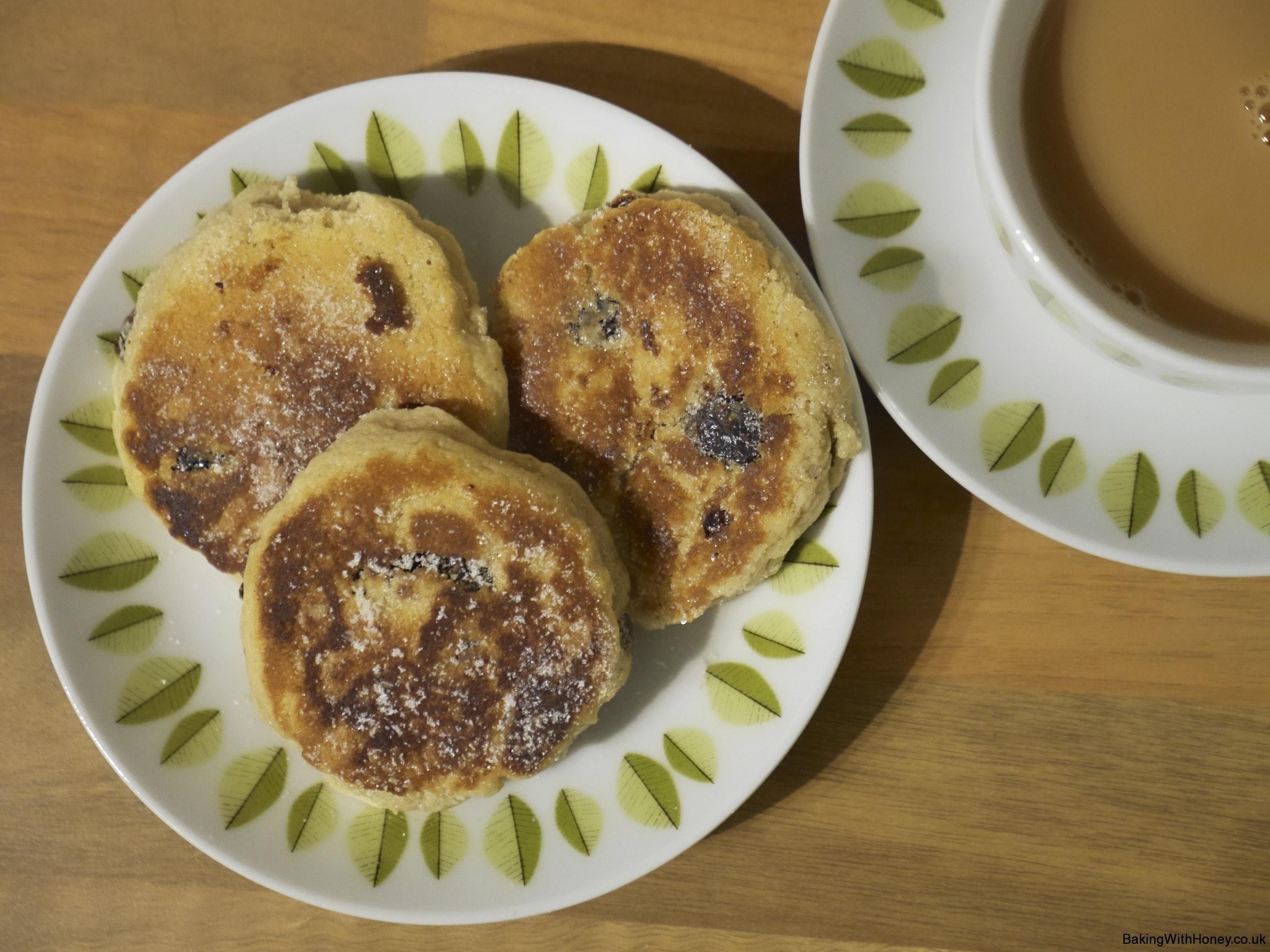 Welsh Cakes for St David's Day (Picau ar y Maen am Dydd Gŵyl Dewi)